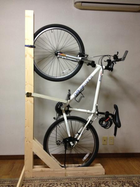 自転車の 自転車 車載 スタンド 自作 : 自転車 木製 縦置きスタンド ...